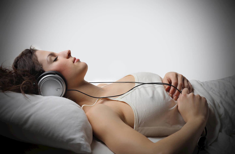 Реально ли научиться запоминать прослушиваемую во сне информацию?