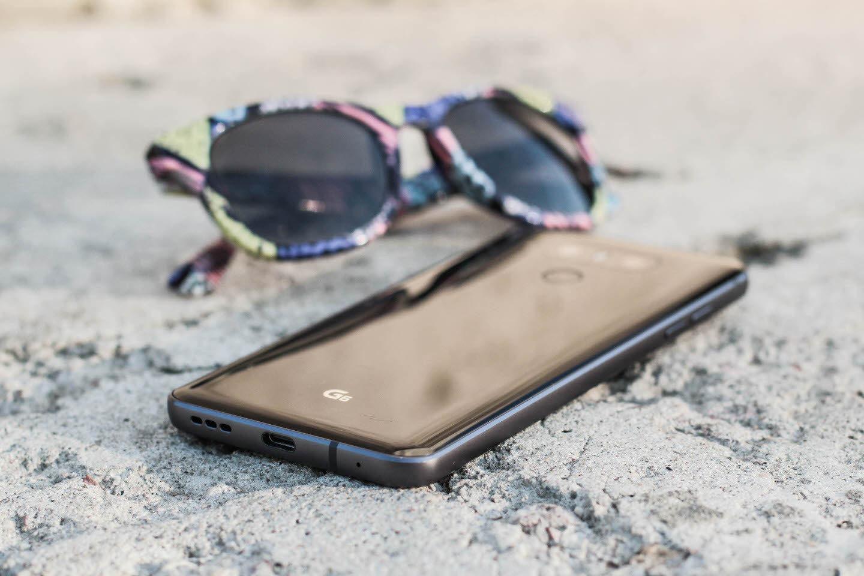 Картинки по запросу LG G6 с наушниками