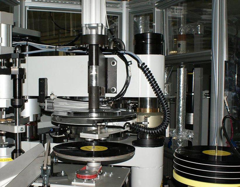 Компания Сони вернётся кпроизводству виниловых пластинок
