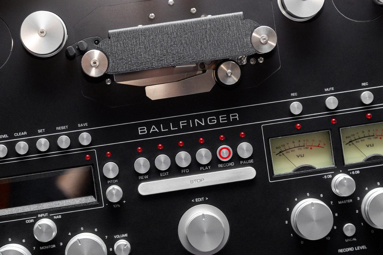 катушечная битва современный Ballfinger M063 H5 против