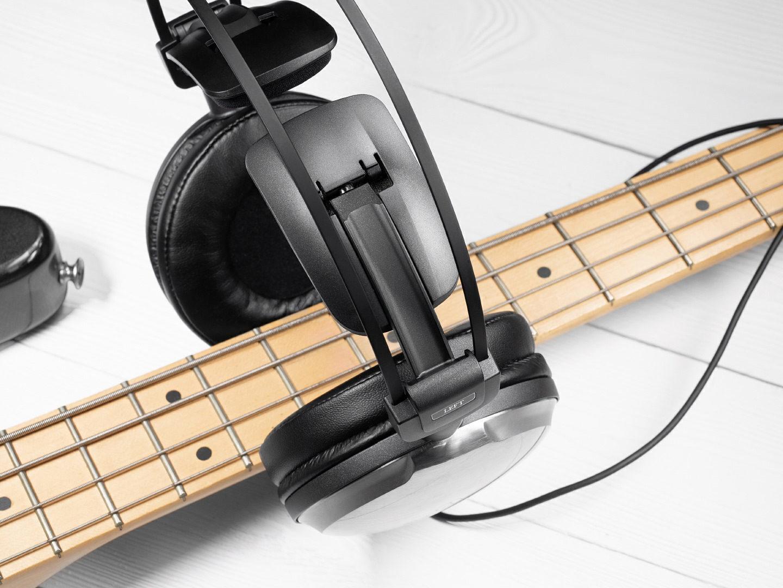 Тест наушников Audio-Technica ATH-A2000Z: на страже динамики