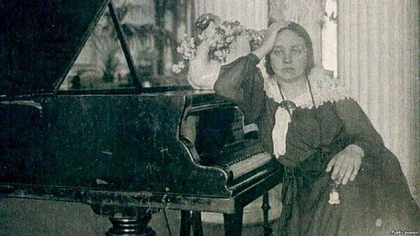 Черными и белыми: новинки фортепианной классики
