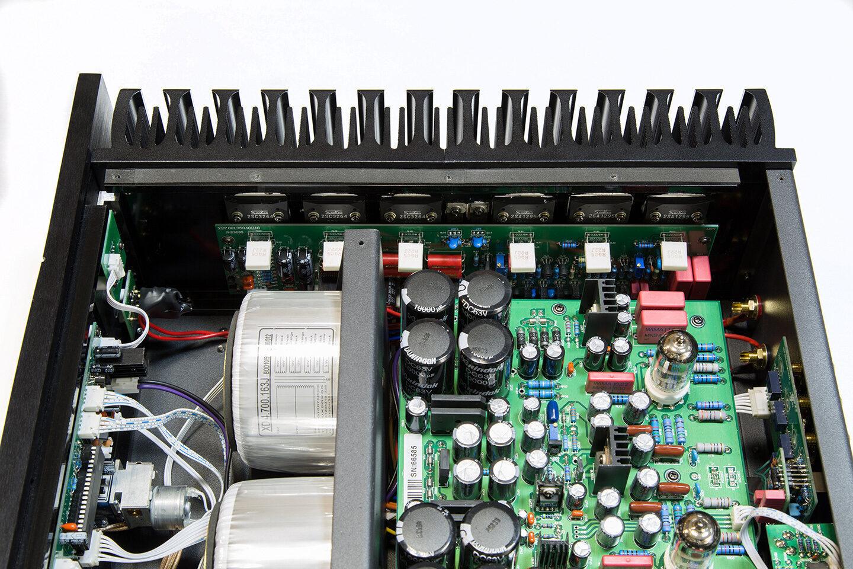 Тест системы: CD-проигрыватель YBA Heritage CD100, усилитель Xindak 6950 (II) и акустика Aurum Cantus 630