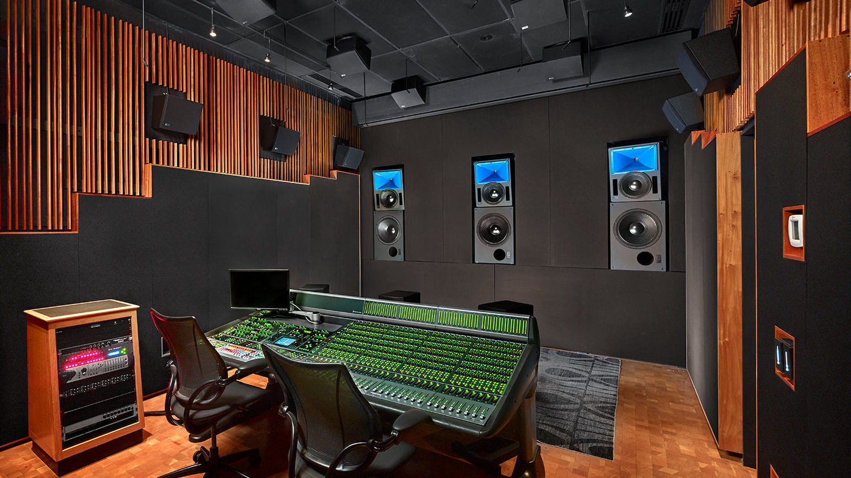 Мониторная система Meyer Sound Bluehorn c абсолютно плоскими фазовой и частотной характеристиками