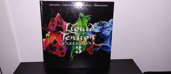 Третий студийный альбом коллектива Liquid Tension Experiment