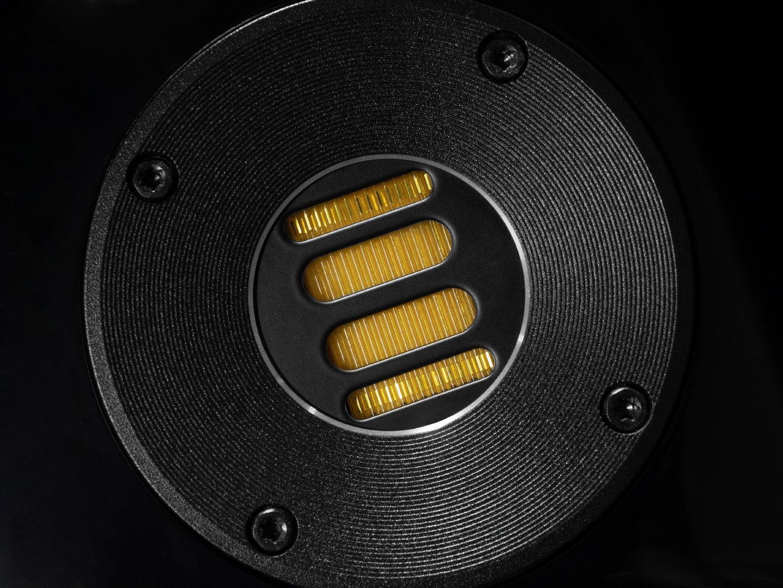 Тест полочников ELAC Vela BS 403: простыми словами о сложной акустике
