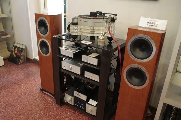 Тест головок Audio-Technica AT33EV, Ortofon MC Rondo Red/MC 3 Turbo и Van Den Hul Two Special