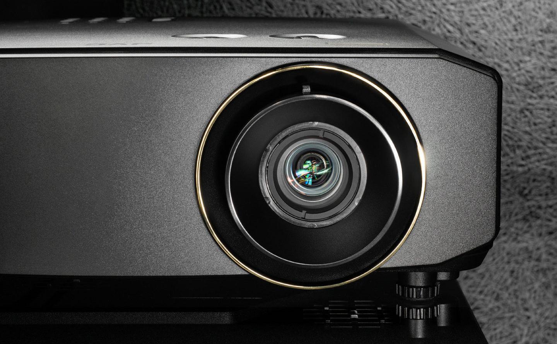 Тест проектора JVC LX-NZ3: светит лазер, светит ярко