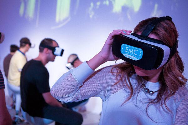 Первый российский фестиваль VR-кино: почувствуй себя призраком