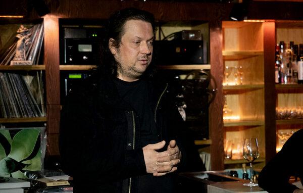 Анонс сессии в Клубе «Фонотека»: Виктор Горбатов и его коллекция японских первопрессов от «The Three Blind Mice»