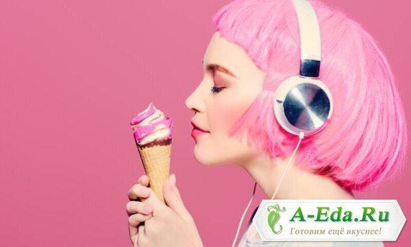 Как звуки и музыка влияют на еду. Что заставляет нас покупать фастфуд, а что делает вкус ирисок более сладким