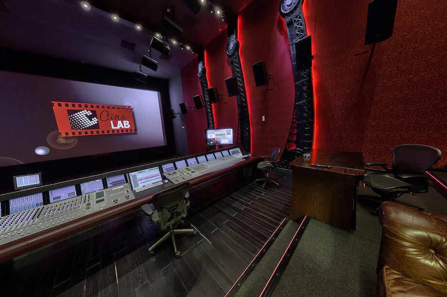 Алексей Угринович: «Так исторически сложилось, что звук для кино — это Dolby»