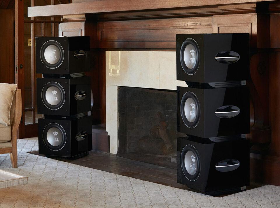 Hi-Fi & High End Show 2021: REL и Monitor Audio в компании Mark Levinson и Roksan