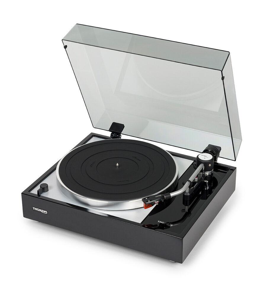 Проигрыватель виниловых дисков Thorens TD 1500: современная реплика модели 1965 года
