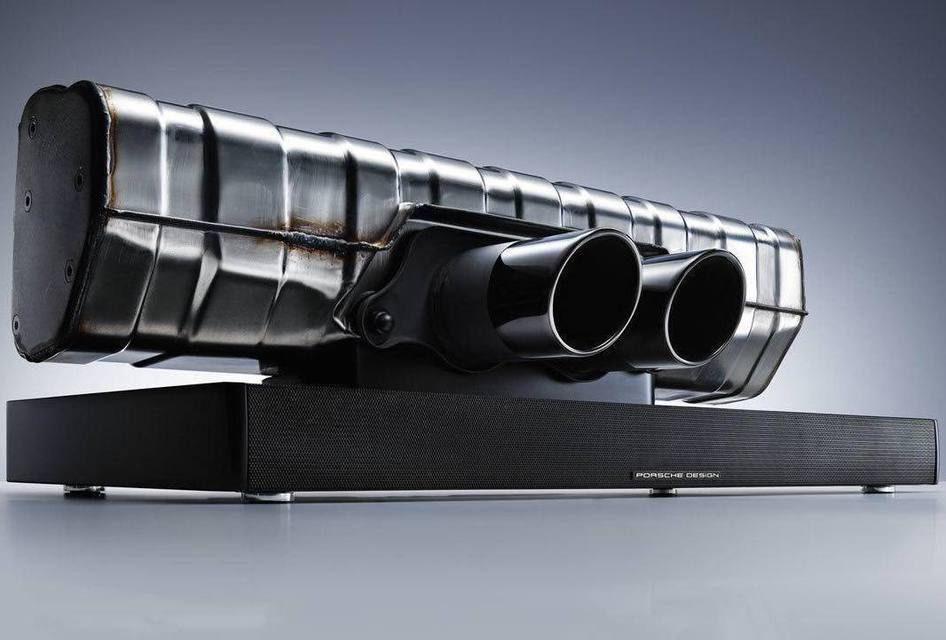 Настольный GT3: аудиосистема из выхлопной трубы Porsche Design 911 Soundbar