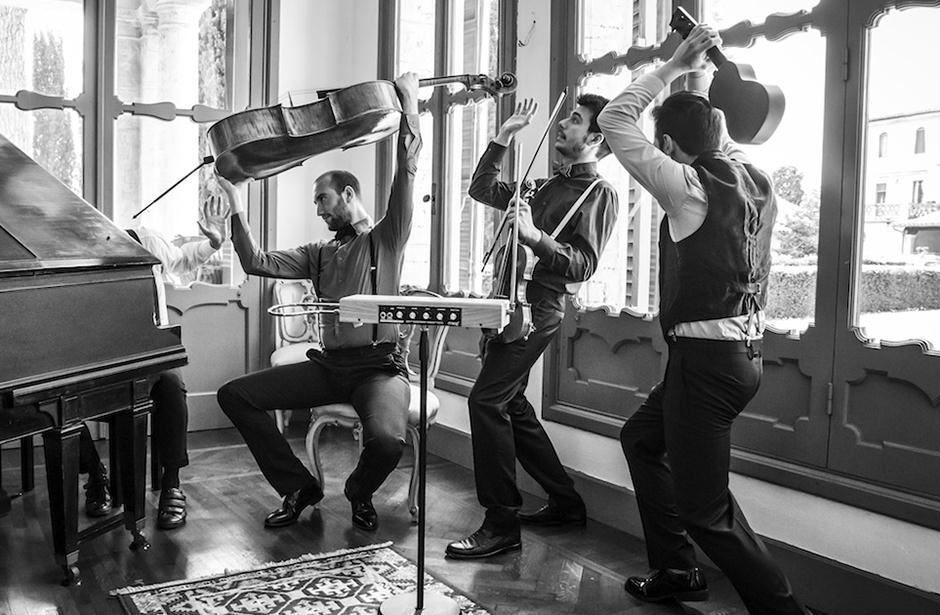 Итальянские постмодернистские деконструктивисты сыграли на терменвоксе «Арию царицы ночи» Моцарта