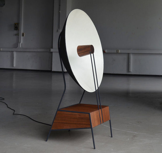 Голландский дизайнер разработала направленную колонку в форме полусферы