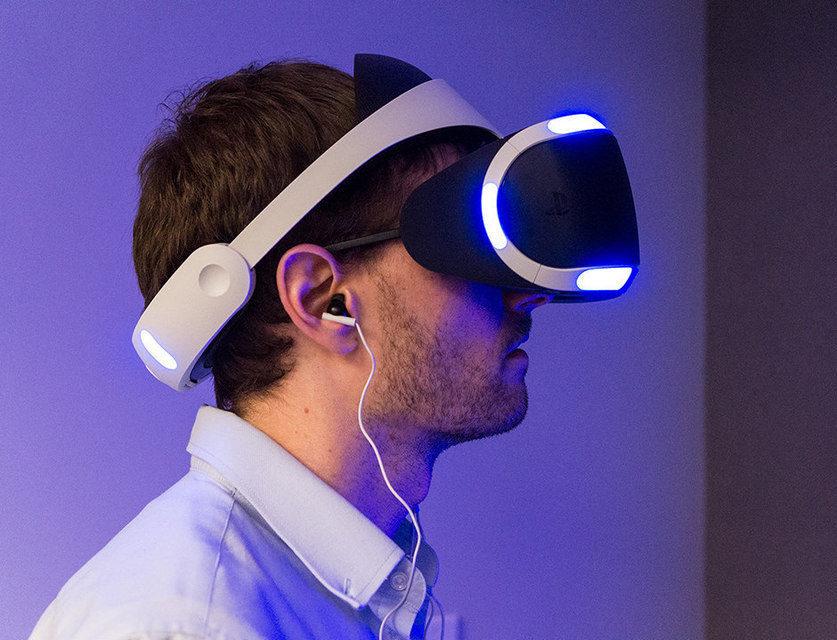 Объемный звук в PlayStation VR будет работать только с проводными наушниками