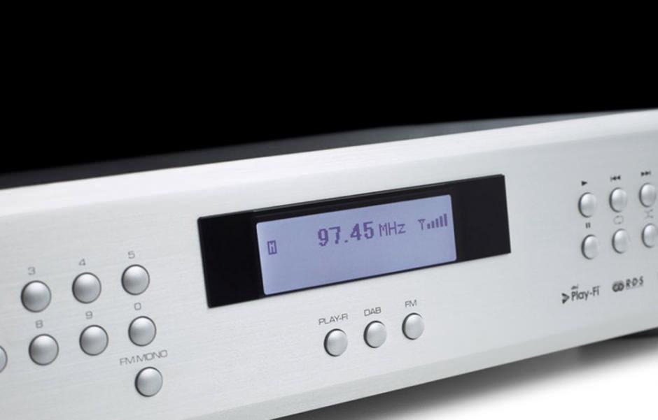 Rotel T14: радиоприемник в эпоху интернета