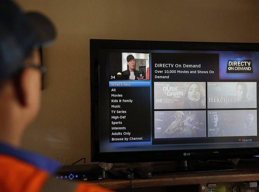 AT&T запустила стриминговый сервис с более чем 120 каналами