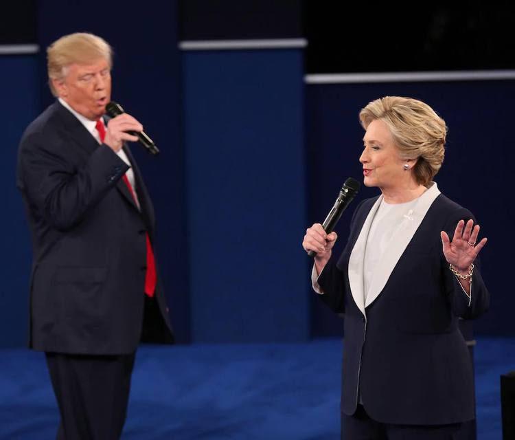 Караоке-пророчество: музыка 80-х решит исход выборов в США