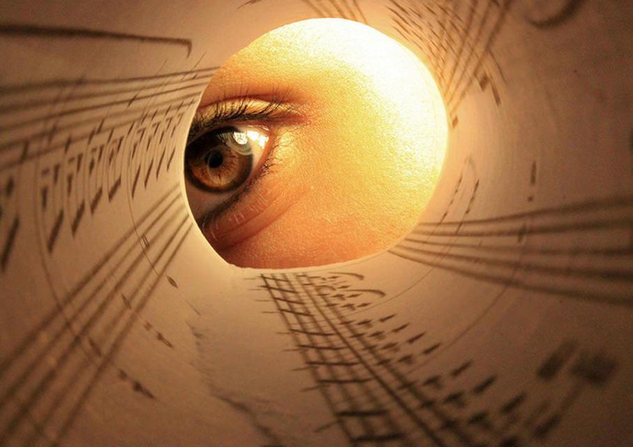 Исследование: зрачки глаз реагируют на путаницу в ритмическом рисунке