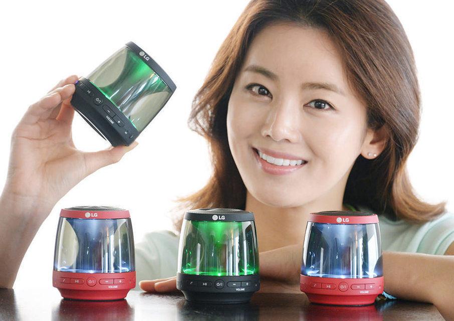 Стартовали продажи светящейся портативной колонки LG PH1