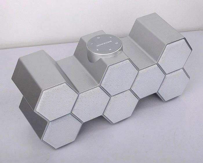 Honeycomb выпустила портативную беспроводную колонку HC-1 в корпусе со структурой медовых сот