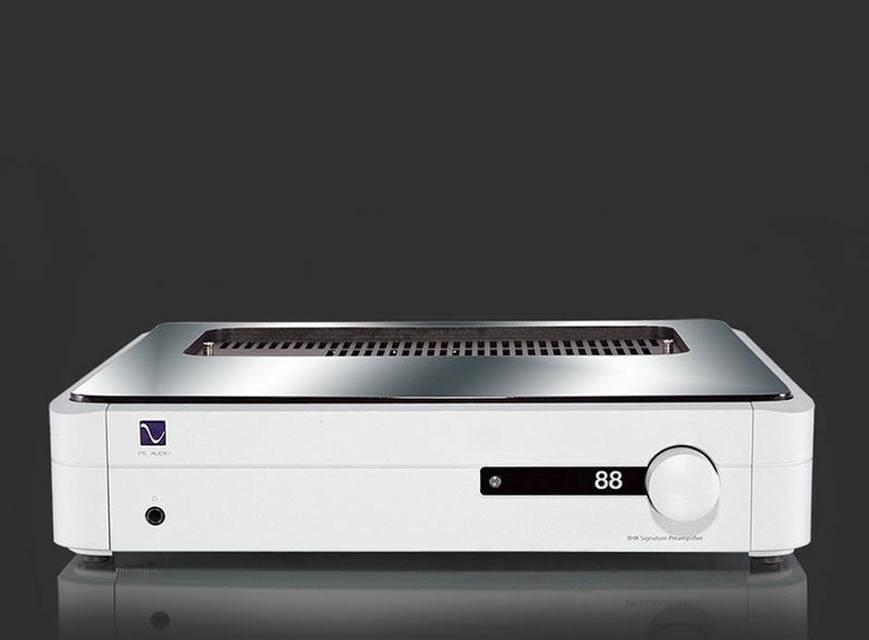 PS Audio представила гибридный предусилитель BHK Signature