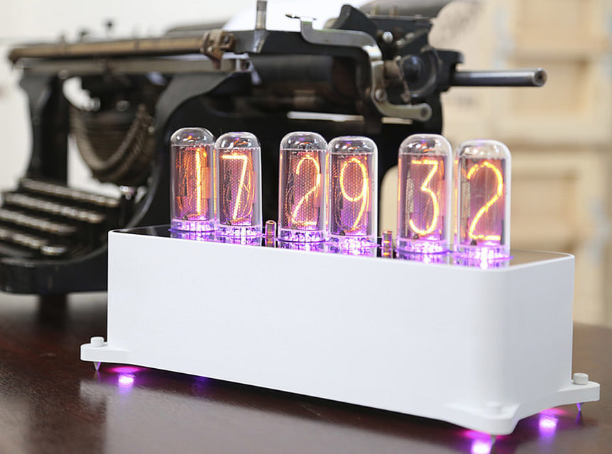 Разработчики ламповых часов VacuumGlow обновили приложение