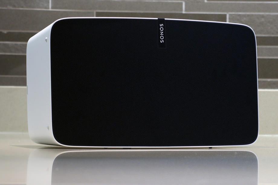 Обновление приложение Sonos для iOS покажет кнопки управления на экране блокировки