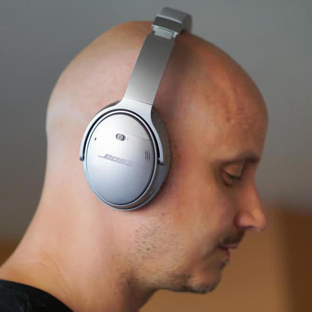 Bose представила беспроводные наушники с шумоподавлением QuietComfort