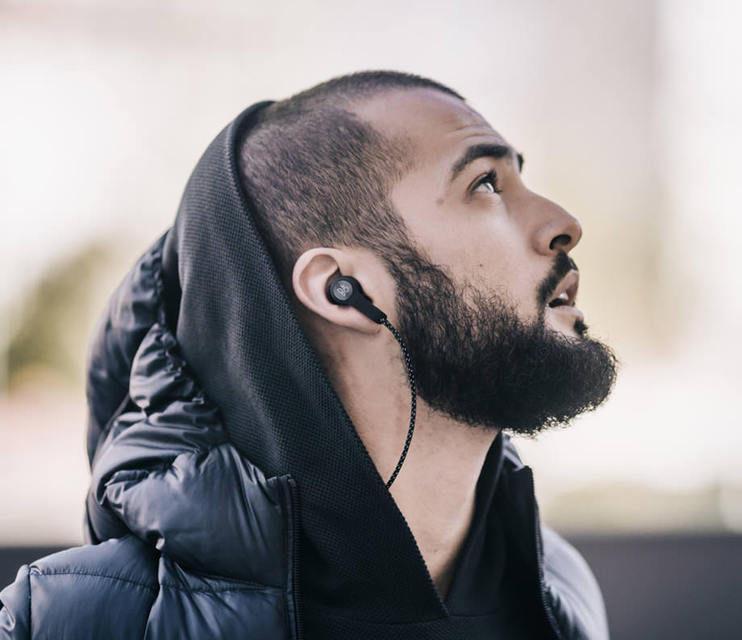 Bang&Olufsen Beoplay H5: беспроводные наушники со звуковыми пресетами