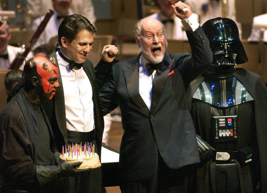 Трубачи-поклонники «Звездных войн» подготовили сюрприз культовому композитору Джону Уильямсу [видео]