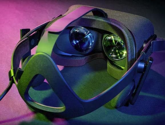 В США планируют знакомить людей с VR в холлах кинотеатров