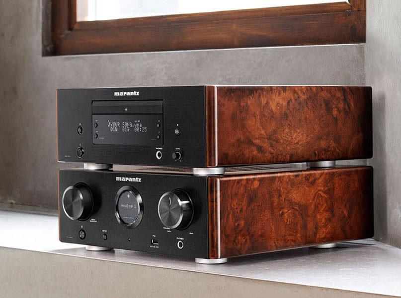 В пару к усилителю Marantz HD-AMP1 компания выпустила CD-проигрыватель HD-CD1