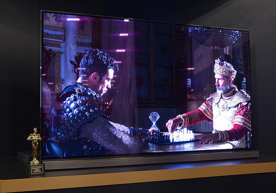 LG показала плоский OLED-телевизор с диагональю 77 дюймов