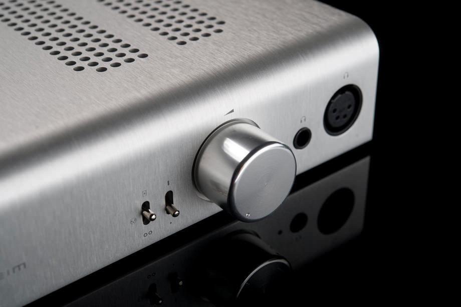Schiit Audio анонсировала настольный модульный усилитель Jotunheim