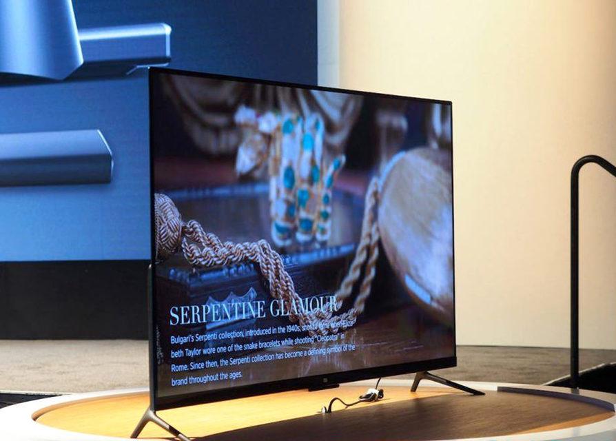 Xiaomi выпустила модульный 4K-телевизор Mi TV 4 толщиной 5 мм