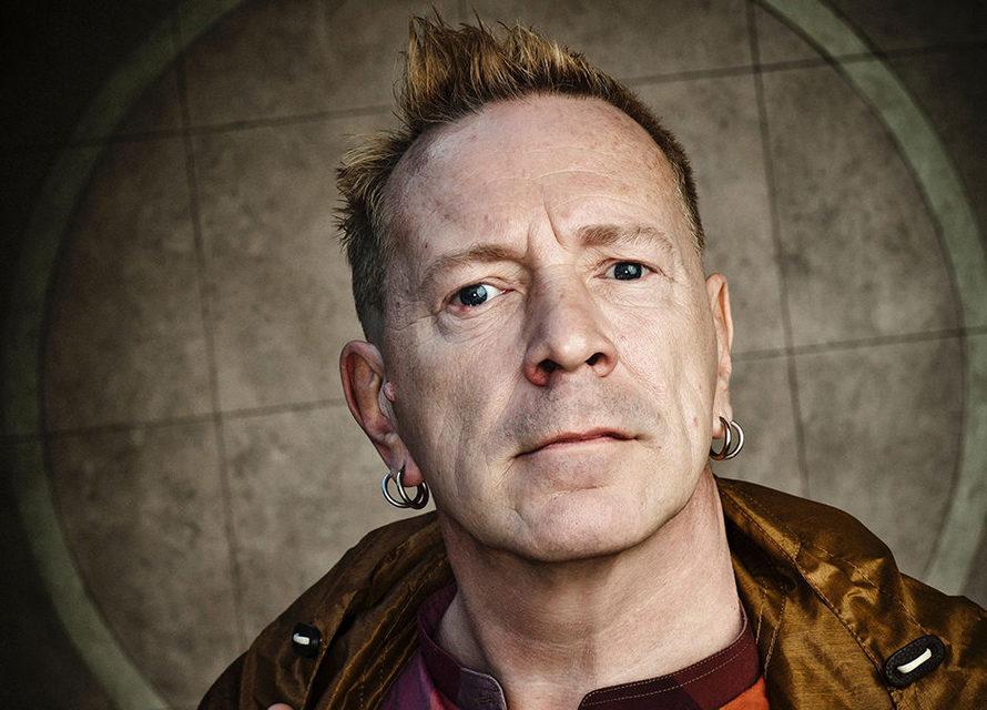 Джон Лайдон из Sex Pistols выпустил книгу стекстами песен исвоими рисунками кним
