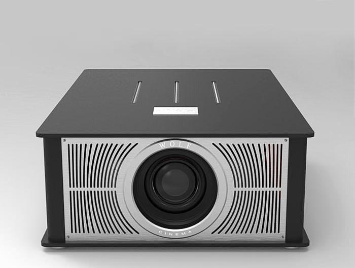 Wolf Cinema представила серию 4K-проекторов Theater Extreme 4K