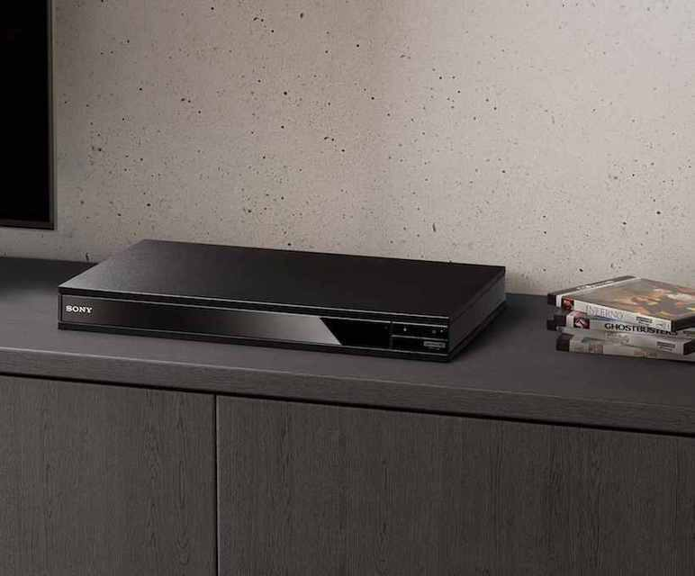 UHD Blu-ray-плеер Sony X800 играет HiRes-аудиофайлы и SACD-диски