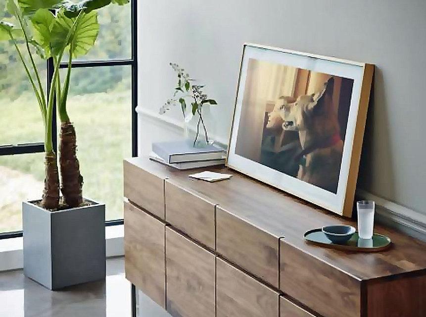 Samsung представила постоянно работающий телевизор Lifestyle TV