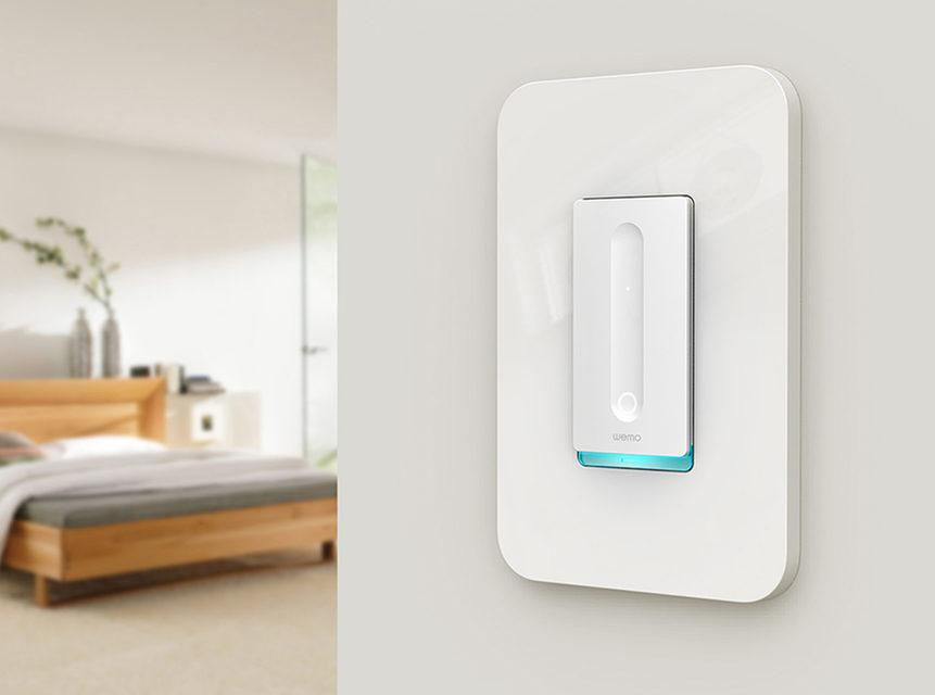 Belkin представил умные выключатель света WeMo Dimmer и розетку WeMo Mini