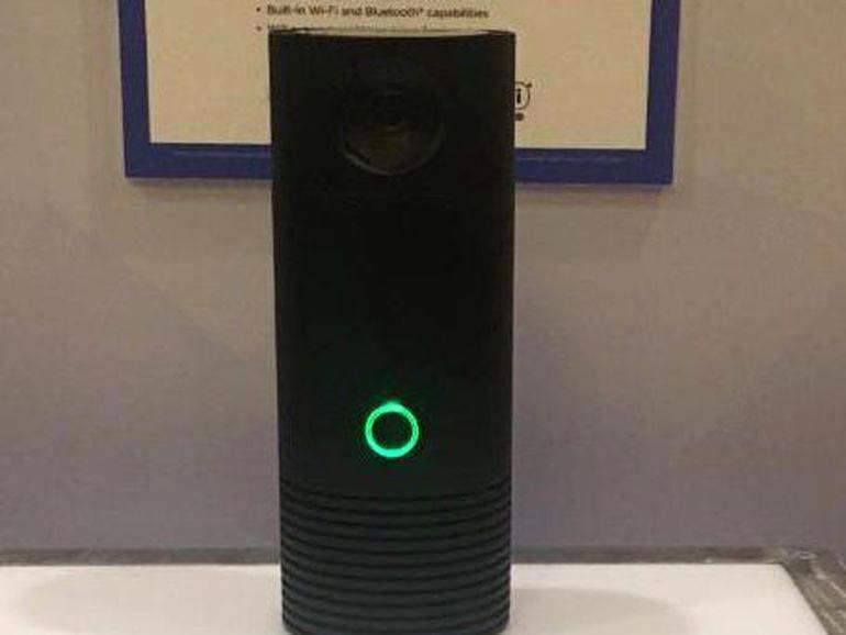 Смарт-колонка Onkyo VC-FLX1: голосовой помощник Alexa, камера наблюдения, датчик влажности и температуры