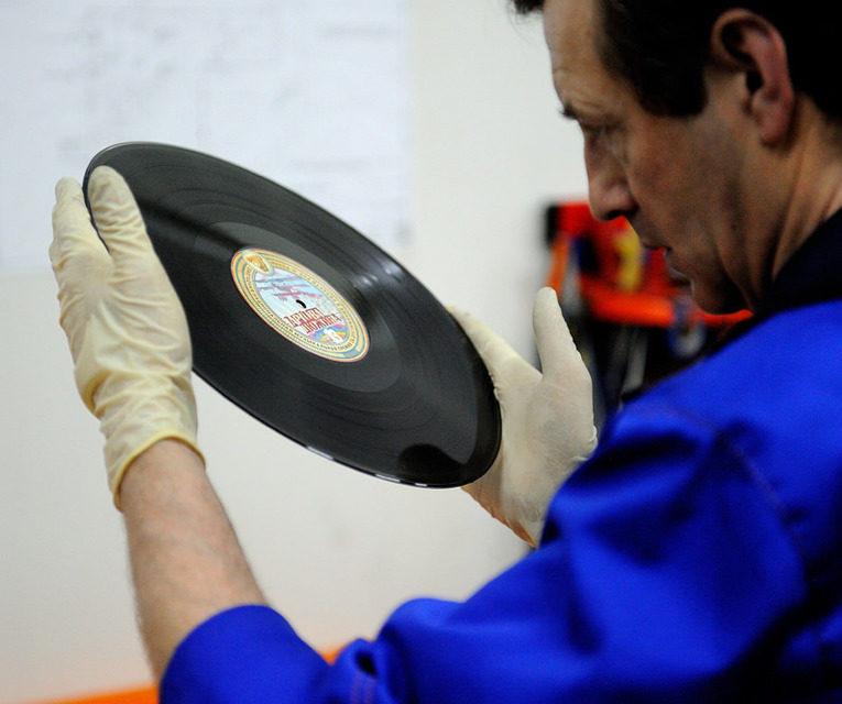 В прошлом году «Ультра Продакшн» вдвое увеличила объем производства грампластинок