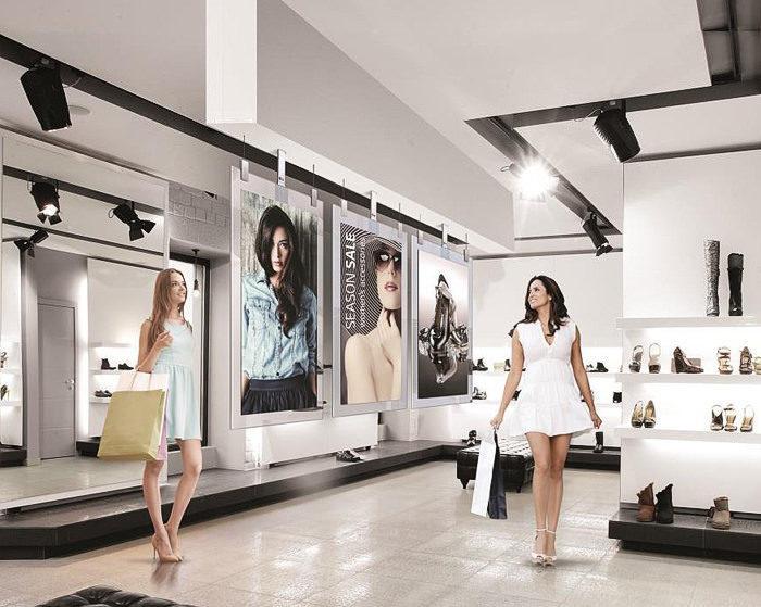На российском рынке появились коммерческие OLED-дисплеи LG 55EG5CD и 55EG5SD со стеклянными рамками
