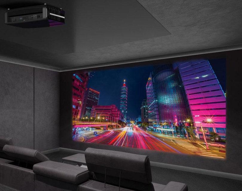 Домашний 4K-проектор Optoma UDH65 появился в России