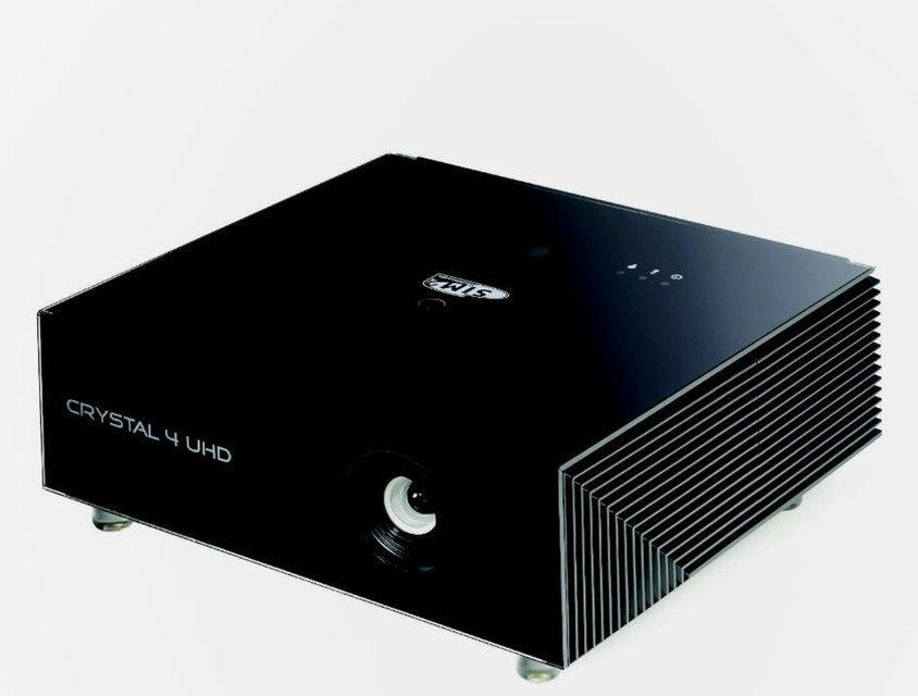 Домашний проектор SIM2 Crystal 4 UHD: разрешение 4K и HDR