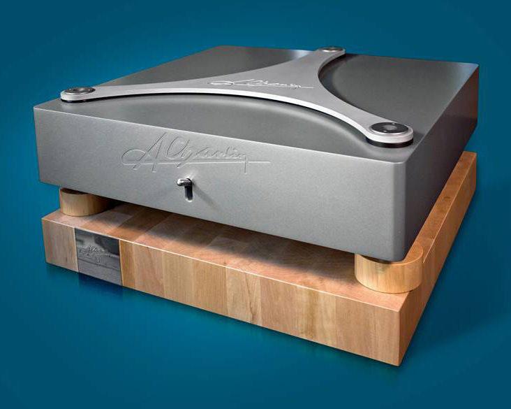 Компания A.Charlin выпустила стереоусилитель MiniS MKII